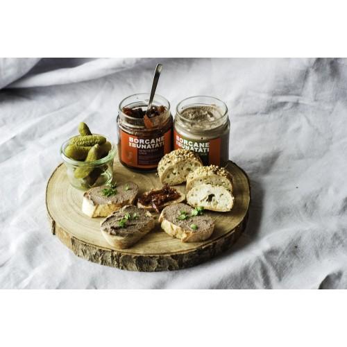 Pachet pateu de pui cu capere si salvie + chutney de sfeclă și mere