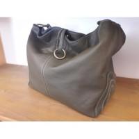 """Raluca"" bag with ring"